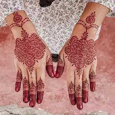 Dah masuk hujung tahun ne banyaklah jemputan yang perlu di penuhi. 30 Henna Tangan Simple Inspirasi Corak Inai Tangan Menarik