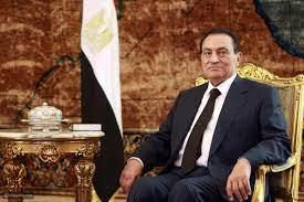 هذه البدلة صممت خصيصاً لمحمد حسني مبارك - القيادي