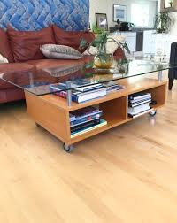 can anyone identify this ikea coffee table