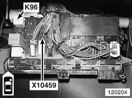 bmw e83 fuse diagram wiring diagram for car engine bmw e83 engine diagram further bmw x5 fuse box location moreover 1984 ford f150 fuse box