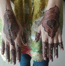 Mehndi Designs 2013 For Children S Hand Uroosa Mehndi Hand Henna Hand Tattoos Henna