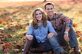 fall engagement pictures chillicothe columbus central ohio