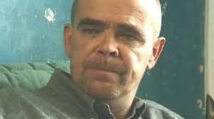 Twin Town and Pobol y Cwm actor Dorien Thomas dies, 55 - BBC News