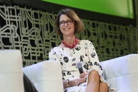 Fidelity's CEO physically moved her office so she could keep an ...