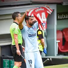 """B/R Football on Twitter: """"Diego Costa celebrated his goal by holding up the shirt of Atletico women's player Virginia Torrecilla, who had a brain tumour removed in May 🙏… https://t.co/YCEP02fw7m"""""""