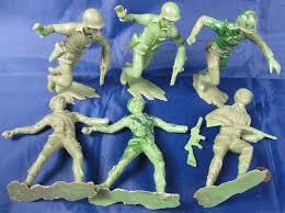 Vintage 1950s toy army men