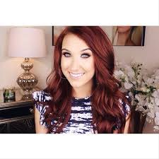 i want her color hair sooo badly why d