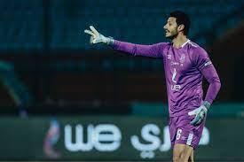 شاهد.. أسطورة الكرة السعودية يُعلن مفاجأة قوية بشأن انتقال محمد الشناوي إلى  النصر!