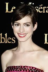 Nun ist Anne Hathaway, 30, in erster Linie an einem Part interessiert – der ... - magazine_woman_stephanie_fashion_annehathaway_1