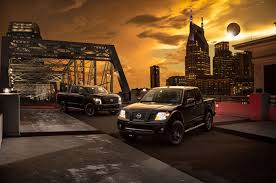 2018 nissan frontier canada. perfect canada 2018 nissan titan midnight edition celebrates solar eclipse in nissan frontier canada