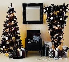 White Christmas tree decorating ideas