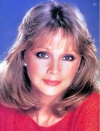 Shelley Long Image Source: Shelly Long @ Palm Beach Sentinel - shelley-long.jpg-11536