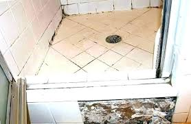how to remove calk from shower removing caulking from tile mold in shower caulk removing mold