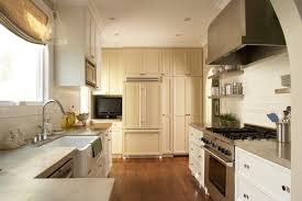Cozy And Chic Long Narrow Kitchen Design Long Narrow Kitchen