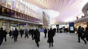 mainline trains to london travel to
