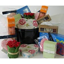 cake tin of goos from flowers auckland flowers delivery flowers auckland