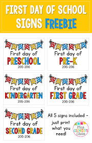 updated for first day of school signs includes i ve updated my first day of grade this year and have included preschool pre k kindergarten first grade