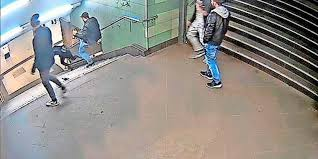 Bislang gibt es keine öffentlichkeitsfahndung. Fahndungserfolg Tatverdachtiger Nach Berliner U Bahn Tritt Gefasst Www Sn Online De