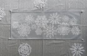 making spirits bright diy paper snowflake table runner spoonflower blog