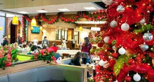 Christmas office decorating Snow Christmas Decoration Ideas For Office With Streamers Quotemykaamcom 100 Office Christmas Decorations In Delhi Ncr Quotemykaam