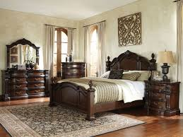 Bedrooms & Upholstered Beds