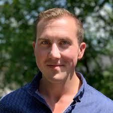 Alex Starks Associate Director of MCAT - MedSchoolCoach