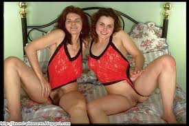 Amature mom and daughter fuck