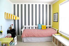 Small Bedroom Paint Color For Small Bedroom