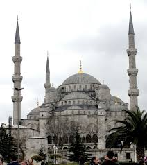 photo essay the blue mosque in istanbul turkey maiden voyage blue mosque exterior