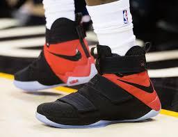 lebron shoes 2017. 20-01-2017 lebron shoes 2017