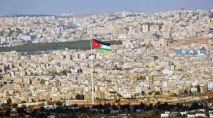 الأردن يغلق المدارس والمساجد والمطاعم والمقاهي لأسبوعين