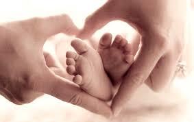 Image result for دست نوزاد و پدر مادر