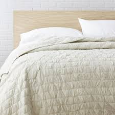 Bring subtle beauty to any bed with this lovely cotton quilt ... & Bring subtle beauty to any bed with this lovely cotton quilt. Crafted from a  cotton Adamdwight.com
