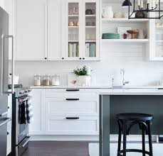 Black kitchen knobs Handles Flat Black Top Knobs Serene And Top Knobs Barrington Cabinet Hardware Adds Charm To One Room Challenge Kitchen More On The Top Knobs Blog Pinterest Flat Black Top Knobs Hardware Adds Charm To One Room Challenge Kitchen