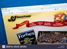 j and j snack food beverages manufacturer stockfotos beverages manufacturer bilder