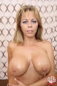 Amber Lynn Bach sexy MILF loves to suck fat cock My XXX Pass 16.