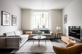 Tof Een Scandinavisch Appartement Mét Doorzichtige Gele Lamp Roomed