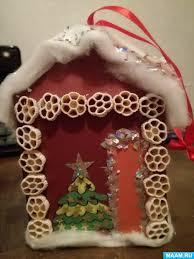 Мастер-класс «<b>Елочная игрушка</b> «<b>Домик</b> Деда Мороза ...