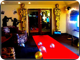 Hollywood Theme Decorations Hollywood Theme Decorations For Teenager Cake Decoration Ideas