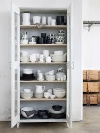 Kitchen Cupboard Storage Alacena De Color Blanco Para Acomodar Todos Los Platos Y Tazas En
