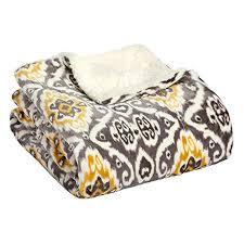 Etoile Throw Blanket