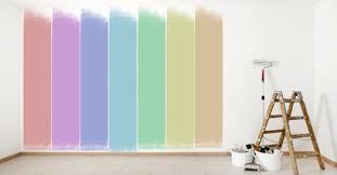 Após escolher uma tinta , você pode ir nas lojas em que nossos produtos são vendidos e procurar pela máquina de cores iquine com mais de 5.000 cores disponíveis. Casas Jardim Escolhendo As Cores De Tintas De Parede Para Sua Casa