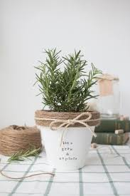 30 Handmade Gift Ideas To Make For Under 5  Easy Homemade Gifts Christmas Gift Plants