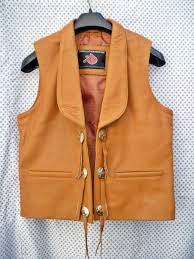 features of western leather vests style mlv75