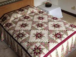 Dahlia Log Cabin Quilt -- exquisite meticulously made Amish Quilts ... & Sage and Maroon Dahlia Log Cabin Quilt Photo 1 ... Adamdwight.com