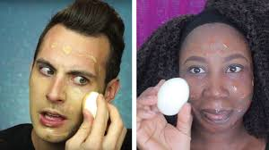 beauty gers apply makeup with an egg in the latest hack videos taking over insram
