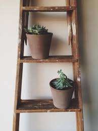 Great use of an old ladder. I plan to use my old ladder as a