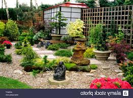 Small Picture smart mix of contemporary and japanese garden design