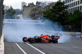 Schweizer radio und fernsehen, zur startseite. Formel 1 Sergio Perez Siegt In Baku Verstappen Fallt Aus