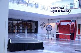 universal light and sound espn live and verizon at roosevelt field mall and garden state plaza